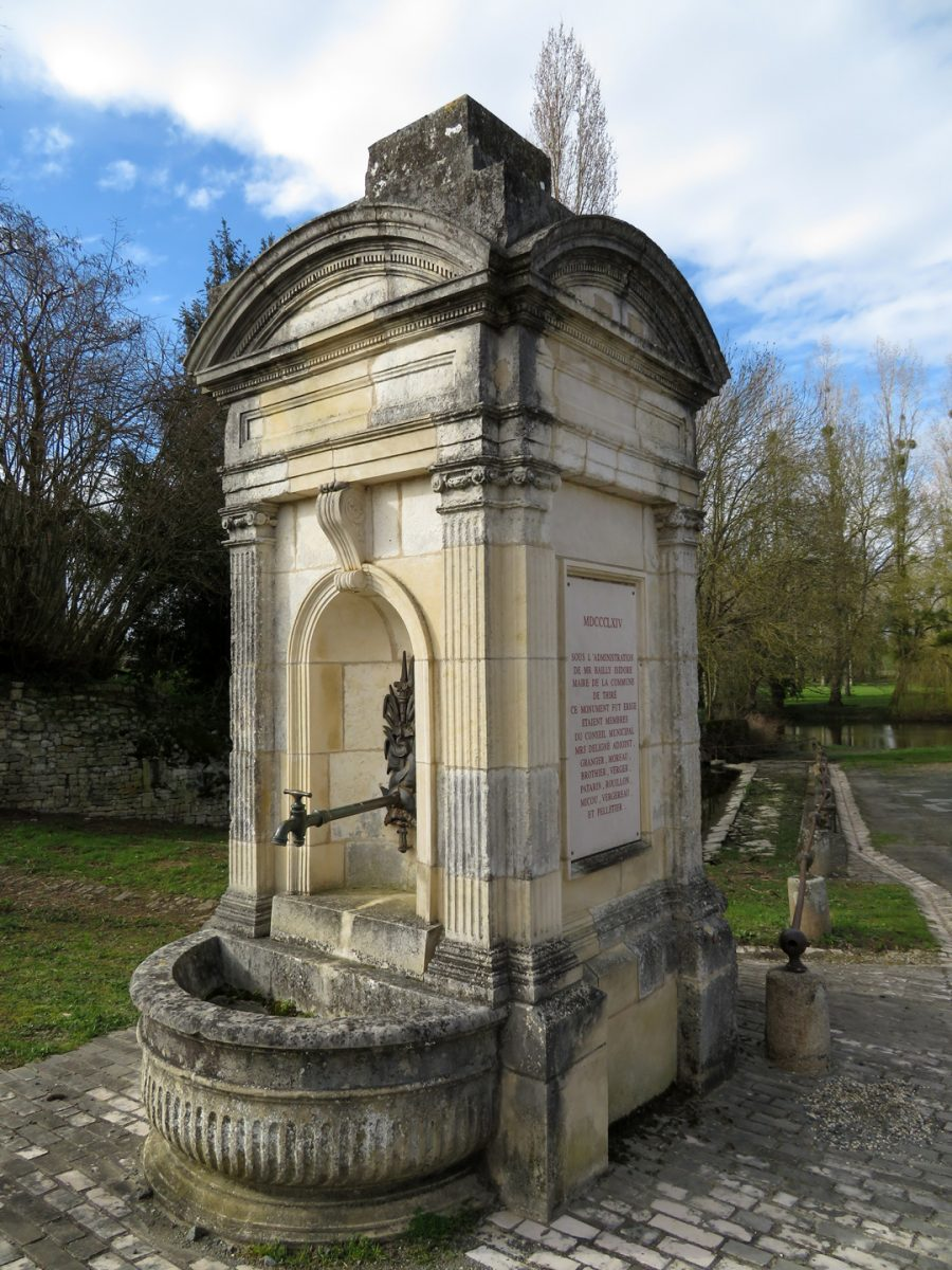 fontaine-thire